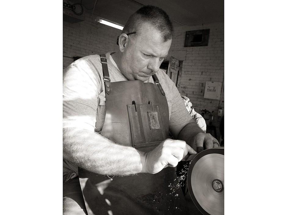 Scott grinding